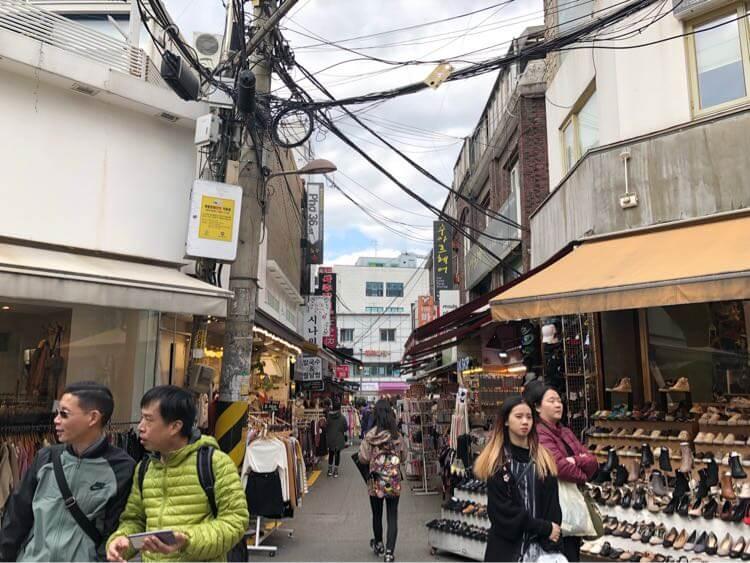 Ewhayeodae Shopping Street