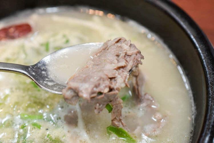 神仙ソルロンタン 明洞店 百歳ソルロンタンの肉