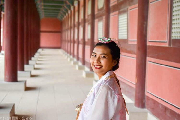 ソウル・景福宮で韓服(ハンボッ・チマチョゴリ)レンタル 宮廷内のような写真