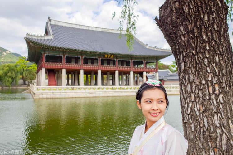 ソウル・景福宮で韓服(ハンボッ・チマチョゴリ)レンタル アップで撮影
