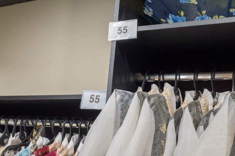 ソウル・景福宮で韓服(ハンボッ・チマチョゴリ)レンタル サイズ