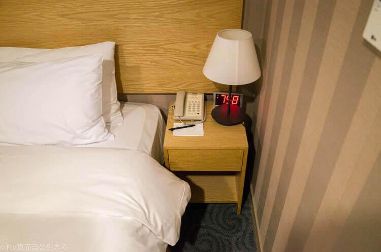 Hotel Atrium (ホテル アトリウム) ベッドサイド