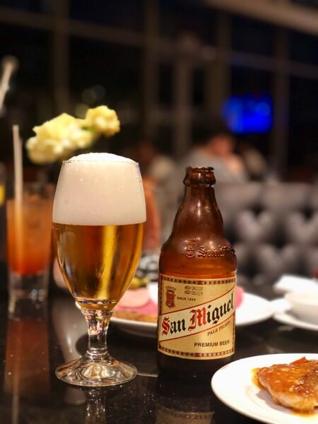 クラブラウンジディナー ビール