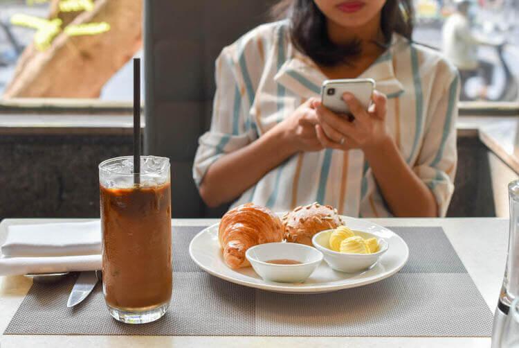 ホーチミン ニューワールド サイゴン ホテルの朝食ブュッフェ ベトナムコーヒー
