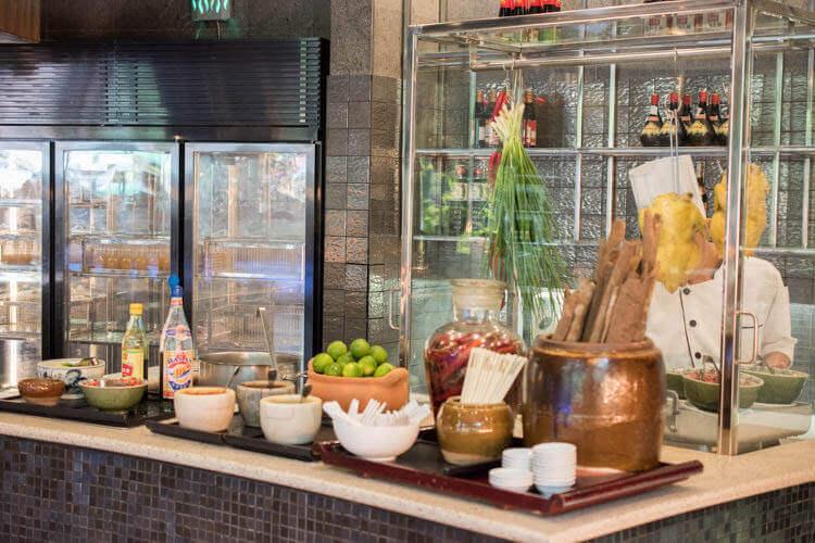 ホーチミン ニューワールド サイゴン ホテルの朝食ブュッフェ ヌードルステーション