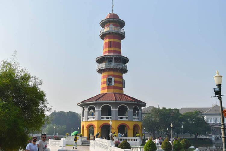 バンパイン宮殿 塔