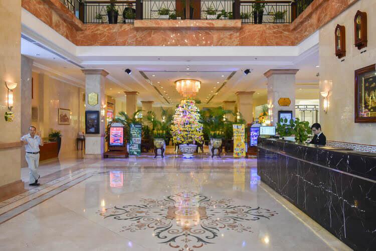 レックス ホテル サイゴン フロントロビー