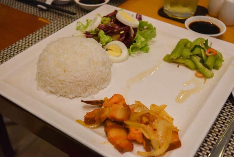 レックス ホテル サイゴン ビジネスランチ