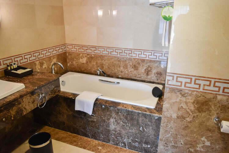 レックス ホテル サイゴン 浴槽