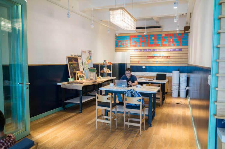 ホーチミン MAROU マルゥ 直営カフェ PC作業スペース