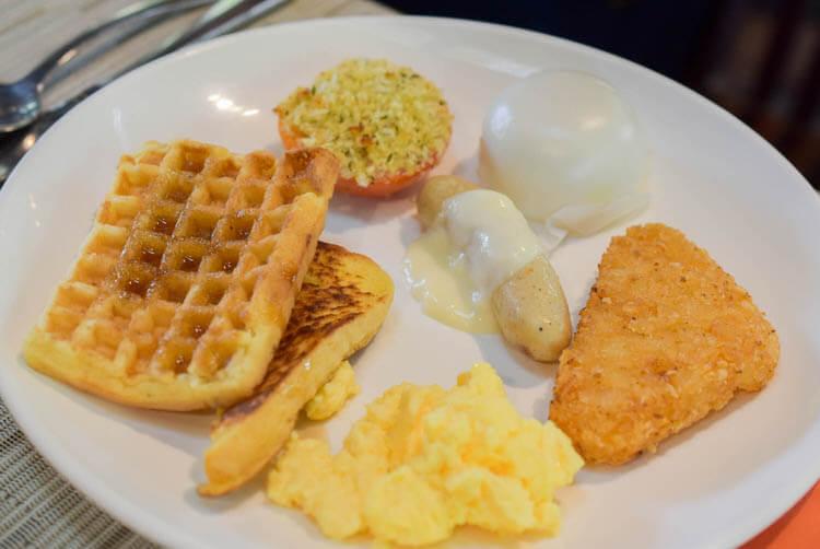 ジャングルブレックファースト アメリカンな料理