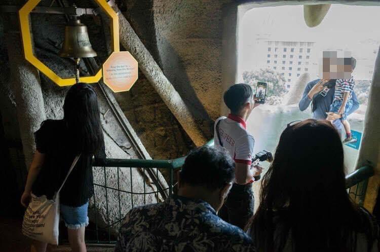 マーライオンタワー マウスギャラリーで記念撮影