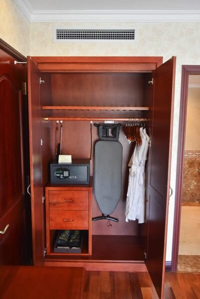 レックス ホテル サイゴン クローゼット