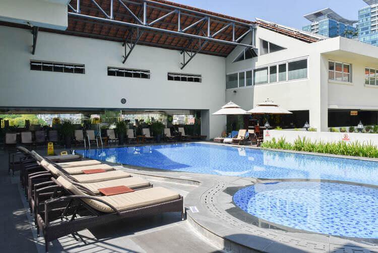 レックス ホテル サイゴン プール
