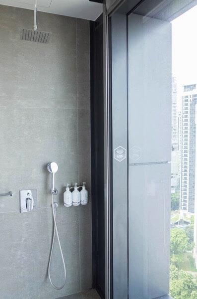 ヨーテル シンガポール オーチャードロード シャワー