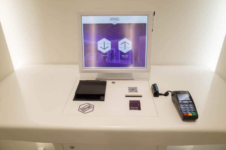 ヨーテル シンガポール オーチャードロード クレジットカードも利用可能