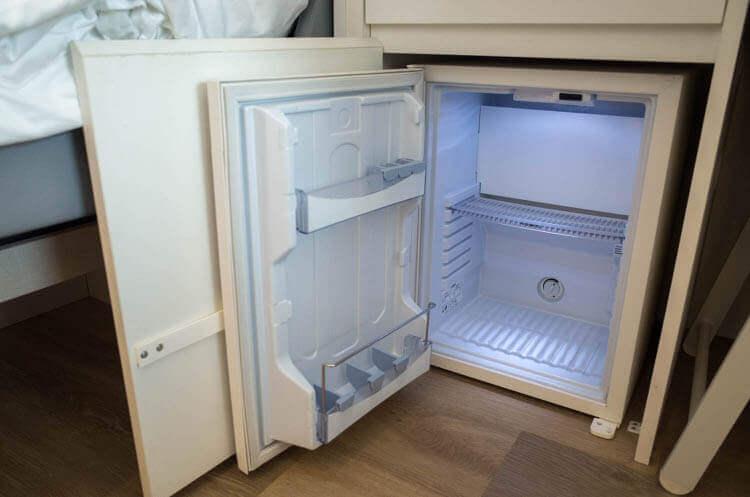 ヨーテル シンガポール オーチャードロード 冷蔵庫