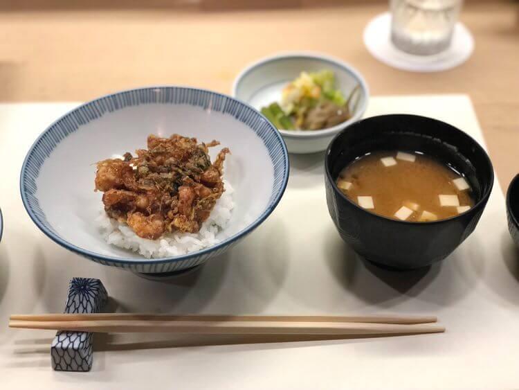 チーズケーキは引き取ってもらったり、カウンターで食べる天ぷらが美味しい1日【Fu/真面目な日常】
