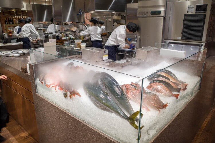 銀座 無印良品食堂 魚置き場
