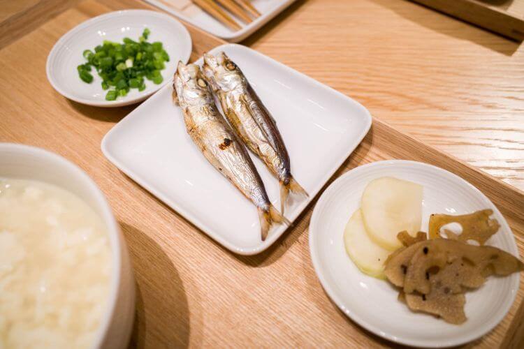 銀座 無印良品食堂 湯豆腐セット メザシ
