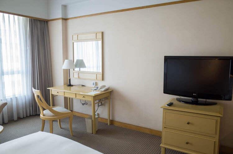 ニューワールドサイゴンホテル 室内2