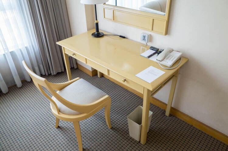 ニューワールドサイゴンホテル  デスク