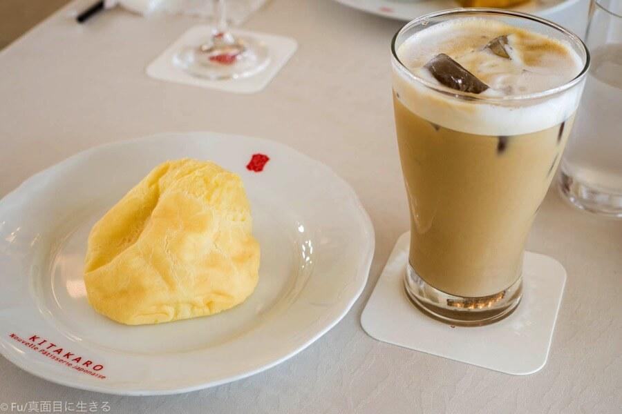 北菓楼(きたかろう) 札幌本館 シュークリームピスコットとカフェラテ