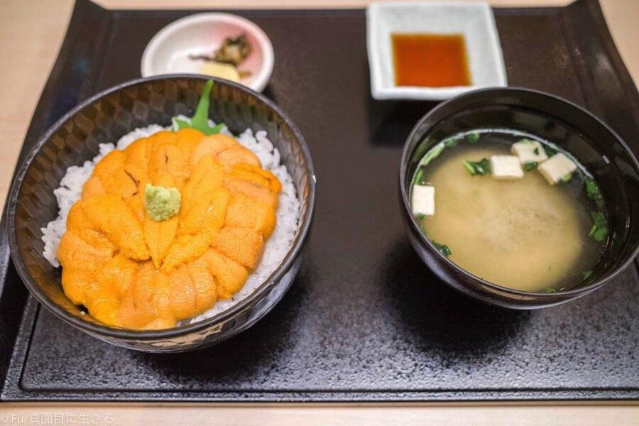 函館うに むらかみ 日本生命札幌ビル店 生うに丼レギュラーサイズ