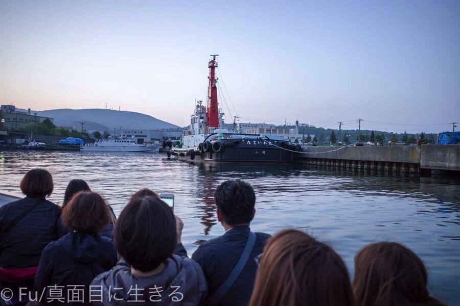 小樽運河クルーズ 案内船
