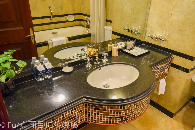 ホテル マジェスティック サイゴン 洗面台