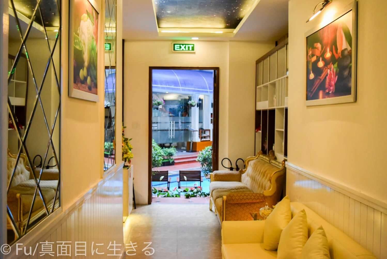 ホテル マジェスティック サイゴン 館内設備への入り口