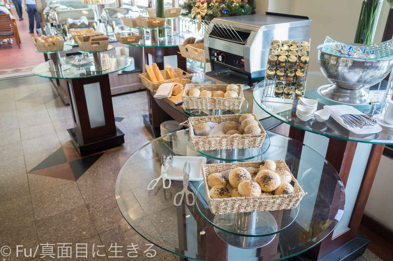 ホテル マジェスティック サイゴン パン