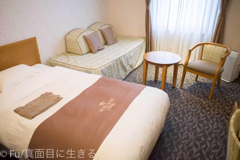 ホテルノルド小樽 ベッド周り