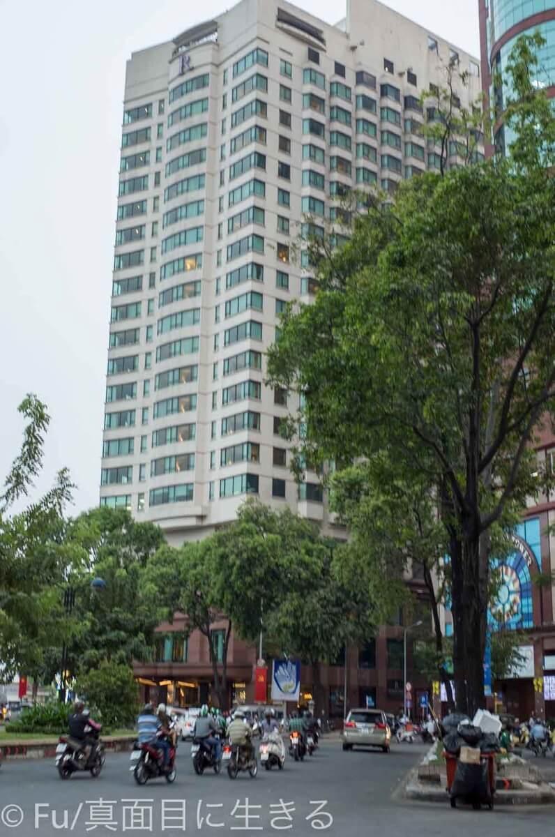 ルネッサンス リバーサイド ホテル サイゴン 外観