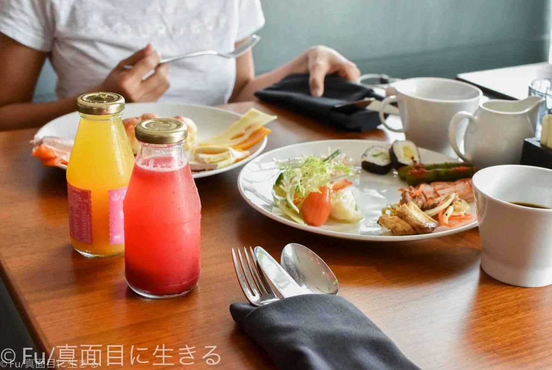 ルネッサンス リバーサイド ホテル サイゴン 朝食風景