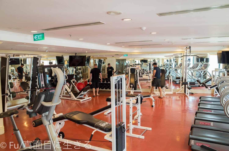 ルネッサンス リバーサイド ホテル サイゴン ウエイトトレーニング