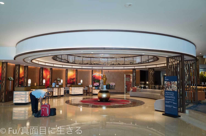 シェラトンサイゴン ホテル&タワーズ フロントロビー