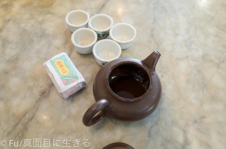 黄亜細肉骨茶餐室 中国茶急須