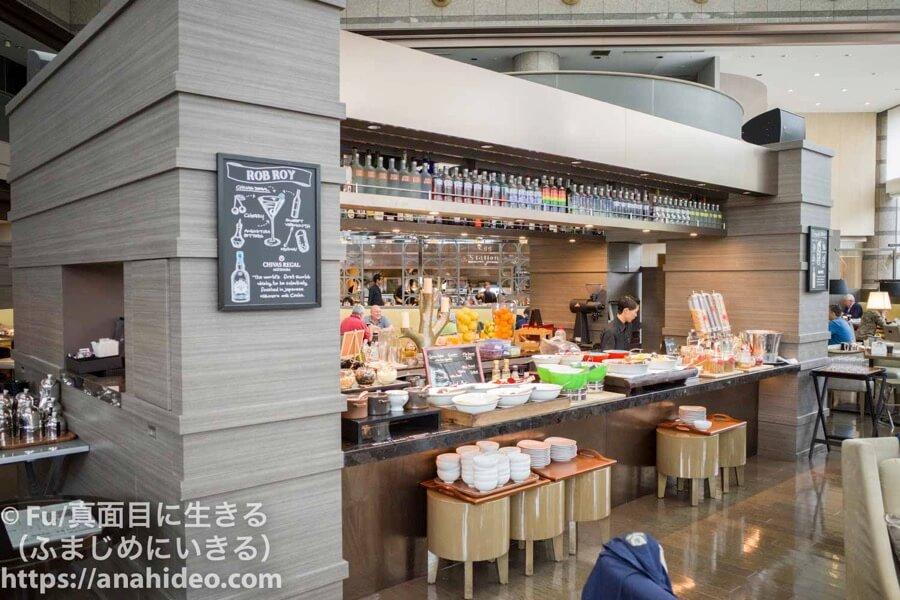 東京マリオットホテル ブュッフェに並ぶ料理