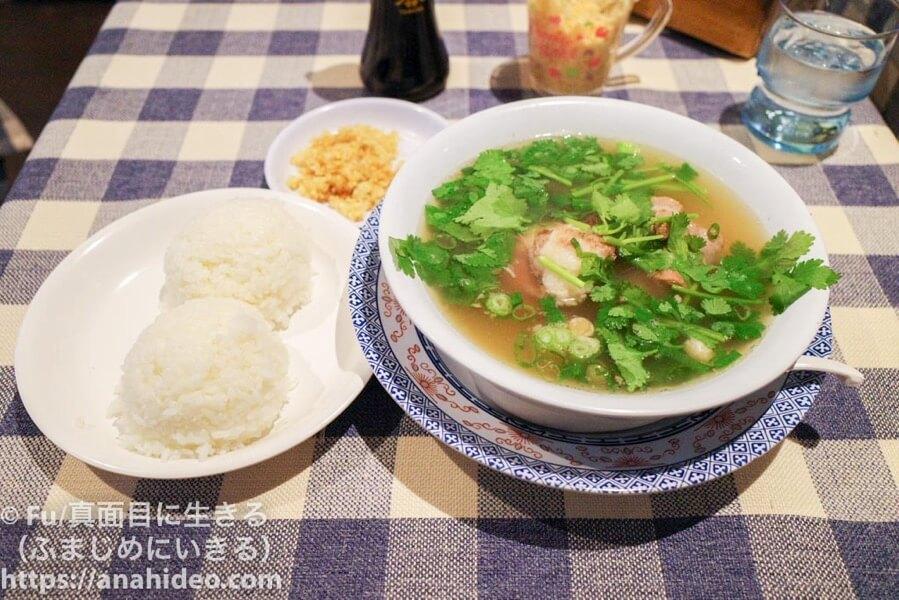 ヨーホーズ カフェ ラナイ 阿佐ヶ谷 オックステールスープとライス