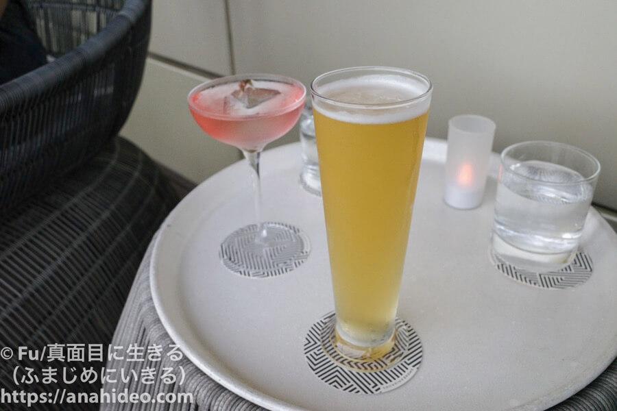 ナショナルギャラリーシンガポール ビールとカクテル