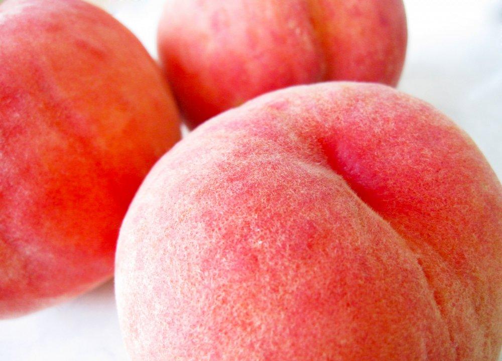 7月が旬の桃